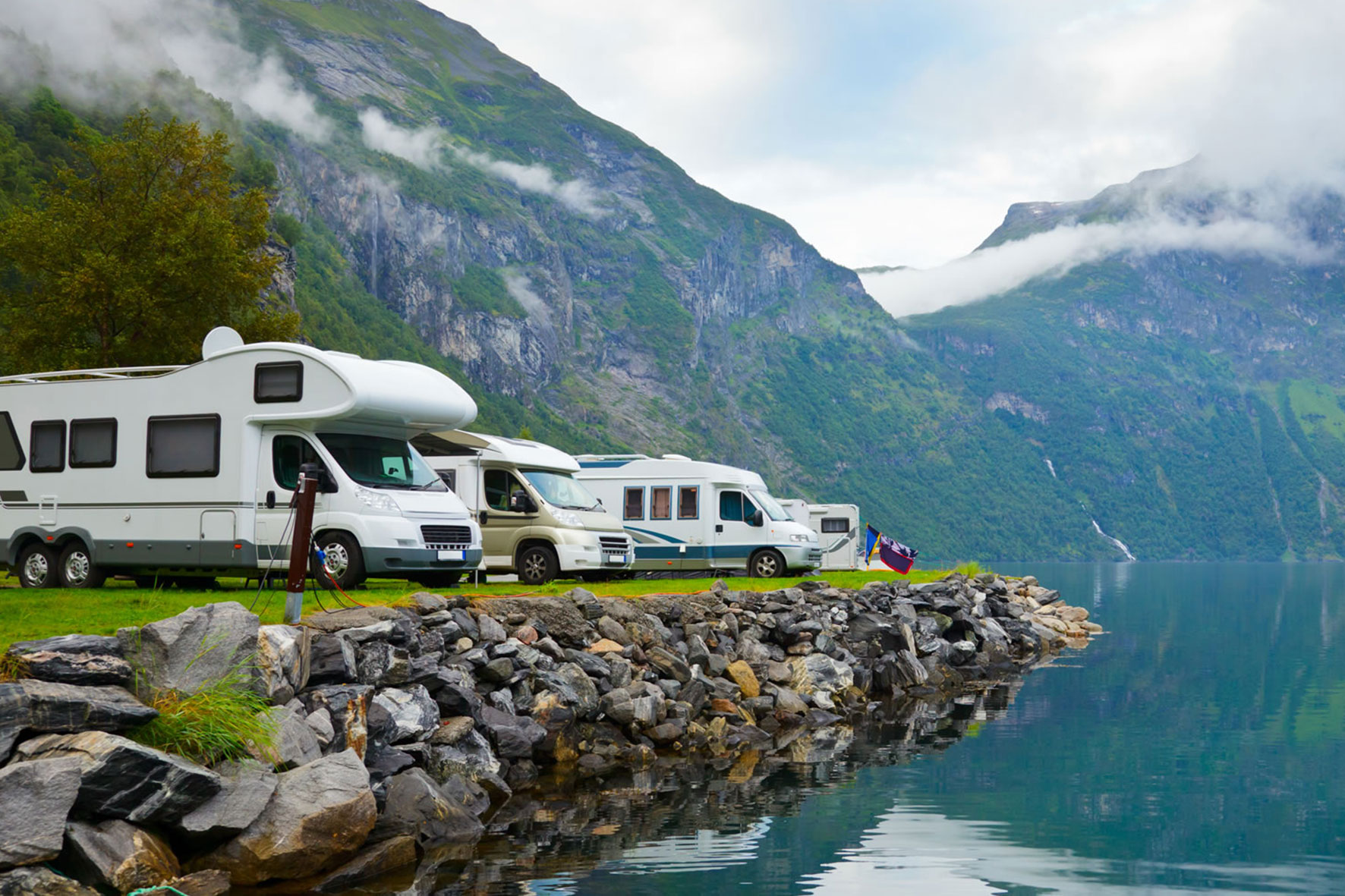 Caravans, Camping and boating holidays - bottled gas from Flogas