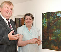 Flogas sponsors Bernadette Madden exhibition at Jerpoint Glass in Kilkenny